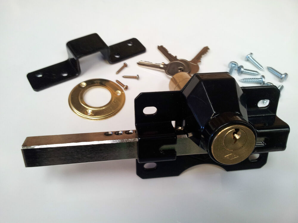 Gate lock for garden and side gates sheds driveway and for Driveway gate lock