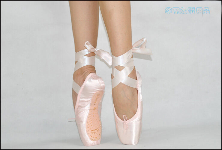 Pointe shoes for kids