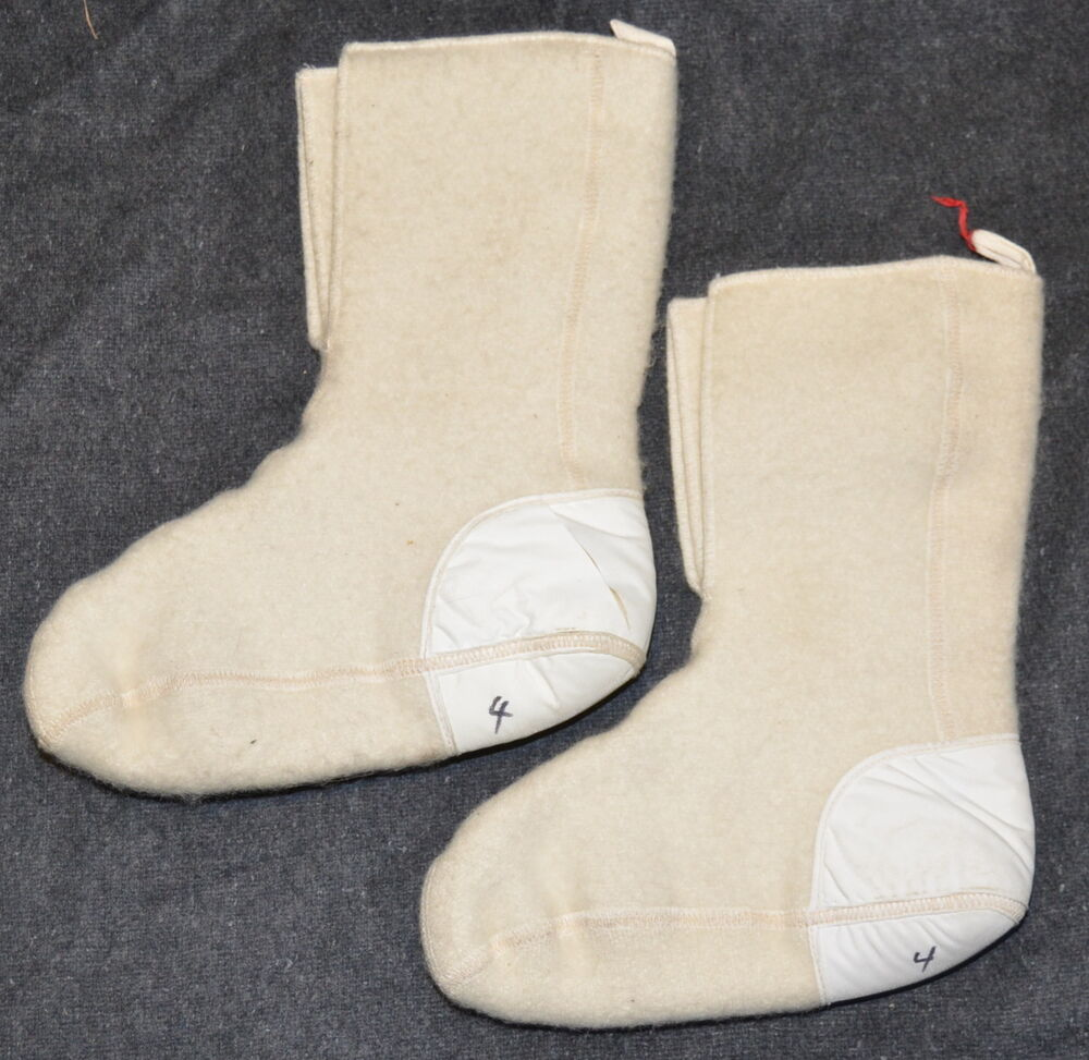 CANADIAN ARMY MUKLUK SOCKS / INSERTS - SIZE 4 - EXCELLENT - BOOT LINERS - 850KX | EBay