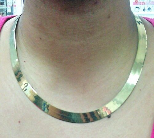 10kt solid yellow gold herringbone 10mm thick 22 inch