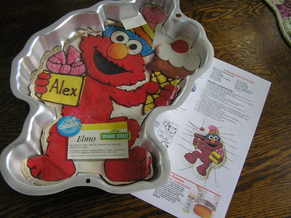 Elmo Cake Decorating Instructions : Wilton 1996 Full Body ELMO w/ Party Hat Cake Pan Mold w ...