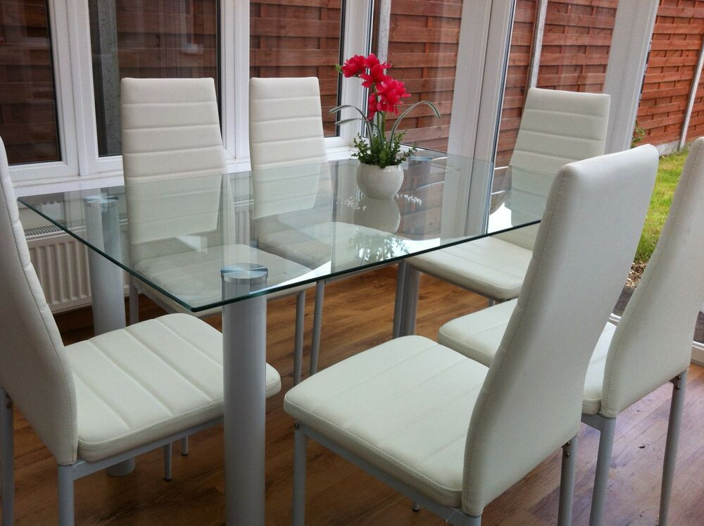 STUNNING GLASS DINING TABLE SET AND WITH 6 FAUX LEATHER CHAIRS WHITE