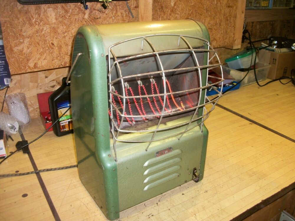 Vintage Dominion Space Heater With Blower Large 19