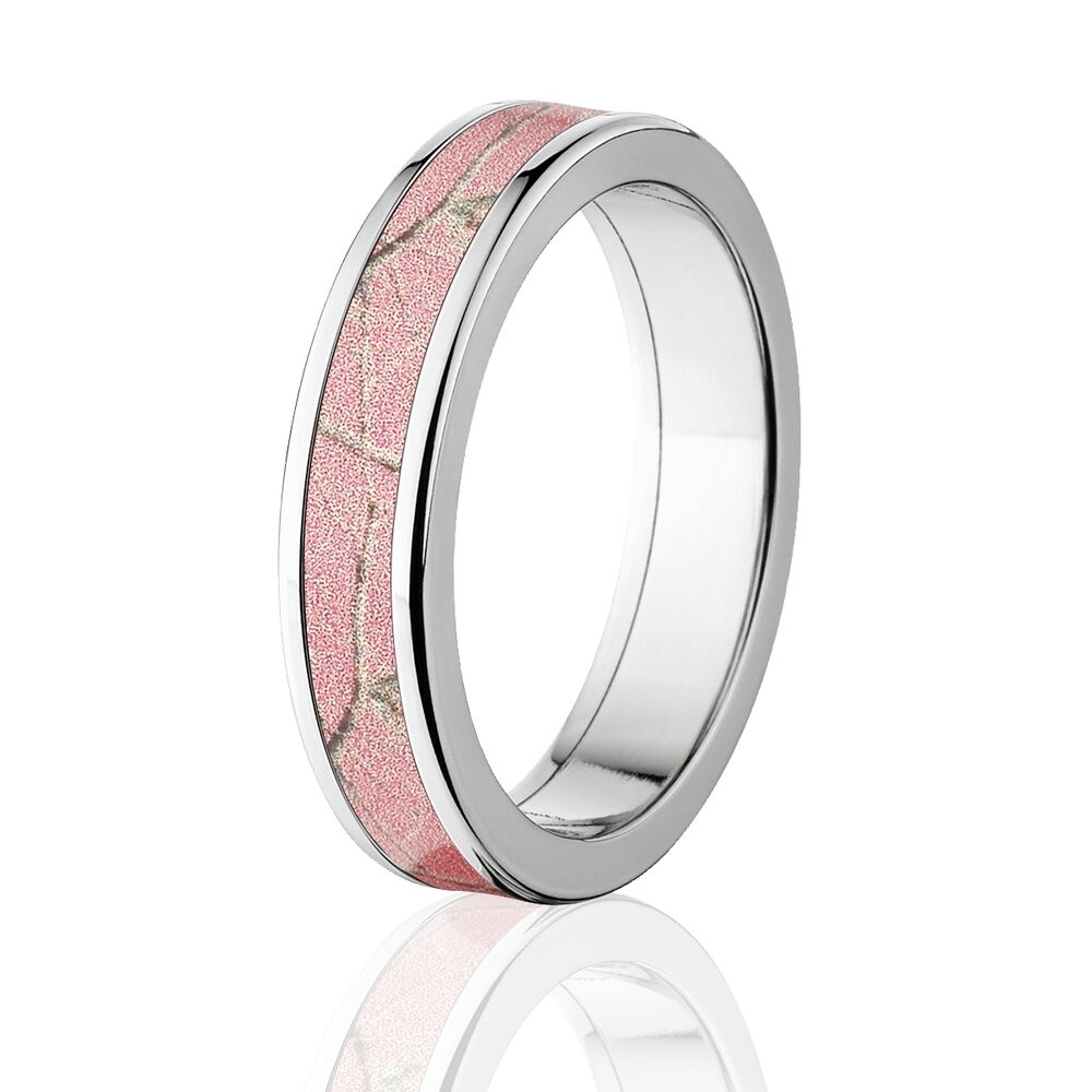 Realtree Wedding Rings: Official Licensed RealTree Pink Camouflage Titanium Ring