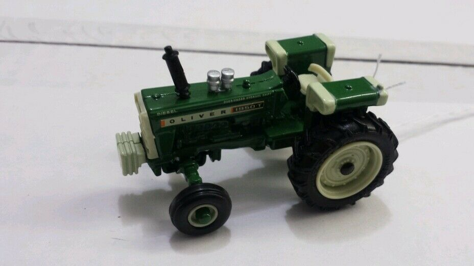 White Tractor Fenders : Oliver t tractor w wide front fuel tank fenders