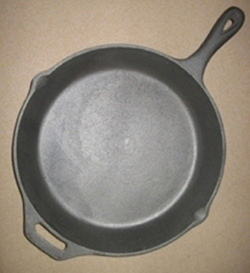 What Size Cast Iron Skillet: Cast Iron Skillet Extra Large Camping Family Size