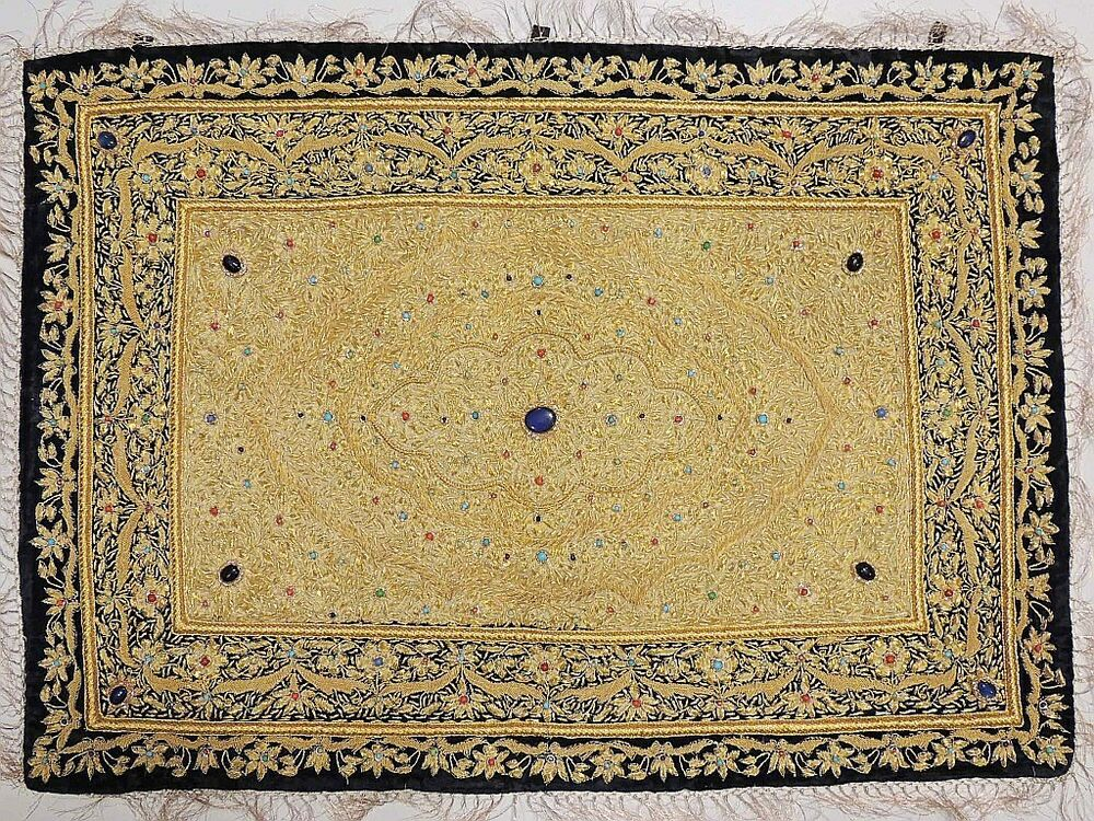 Decoration Carpet On The Wall : Jewel carpet wall decoration kashmir gold zardozi and