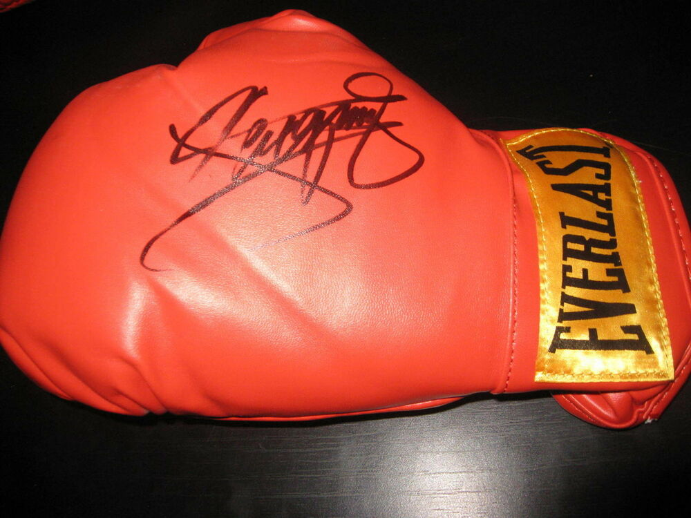 Shiv Naresh Teens Boxing Gloves 12oz: MANNY PACQUIAO SIGNED AUTOGRAPH EVERLAST BOXING GLOVE IN
