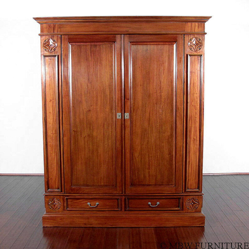 Large solid mahogany tv media entertainment armoire for Armoire tv