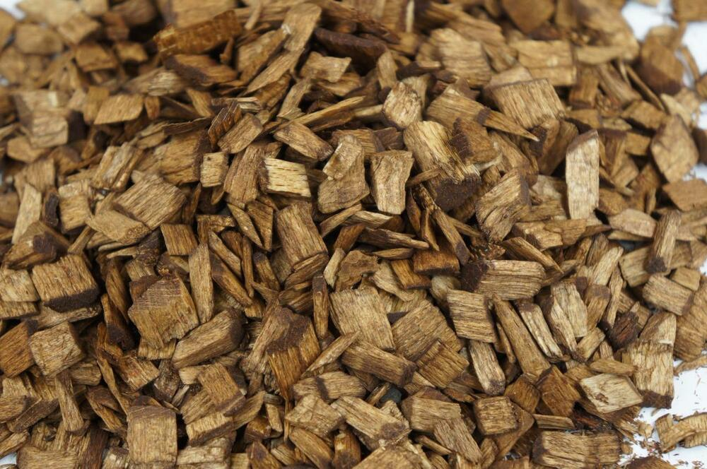 Decorative Wood Chips ~ L wood chip coloured garden mulch flower bark cork