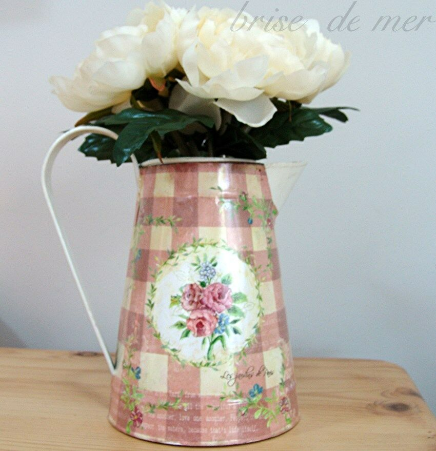 METAL TIN JUG PITCHER VASE FLORAL PRINT CREAM VINTAGE