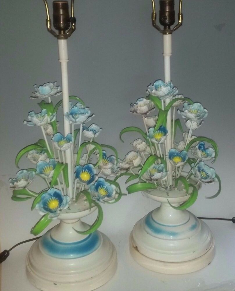 Vintage Table Lamps With Flowers : Pair of vintage metal tole table lamps leaves flowers