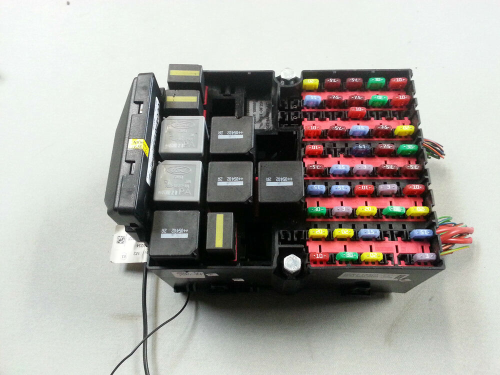 06 ford fiesta fuse box complete with relays 6s6t 14401. Black Bedroom Furniture Sets. Home Design Ideas