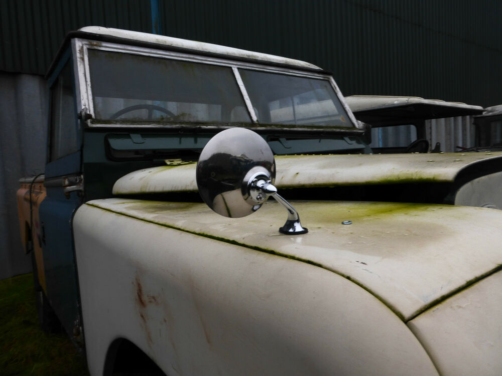 midget Land rover glass
