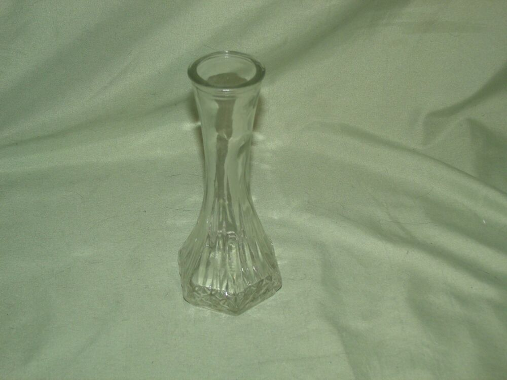 SMALL VINTAGE HOOSIER CLEAR GLASS VASE BUD VASE 6 INCHES