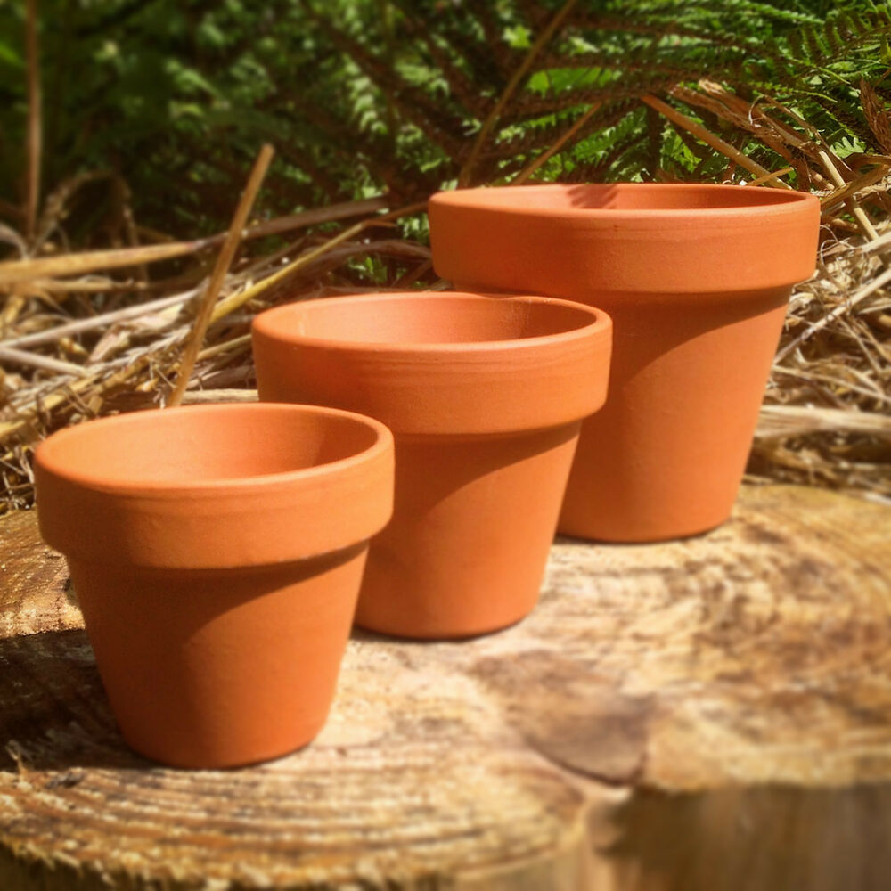 terracotta pots 1 50 pcs mini s m l xl planters. Black Bedroom Furniture Sets. Home Design Ideas