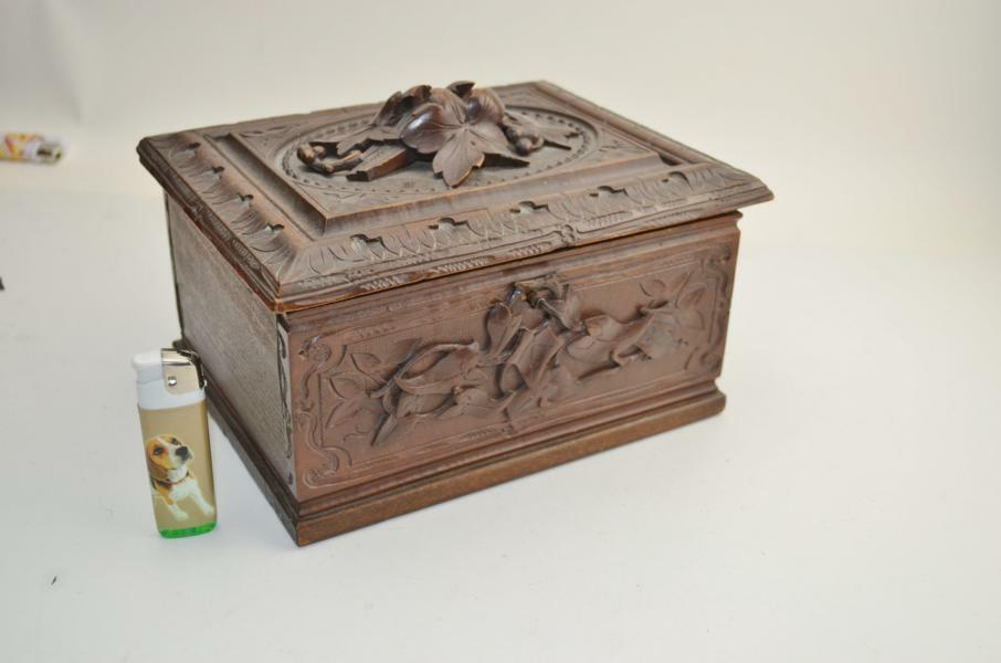 Vintage antique black forest jewelry box from 1880 for Vintage antique jewelry box