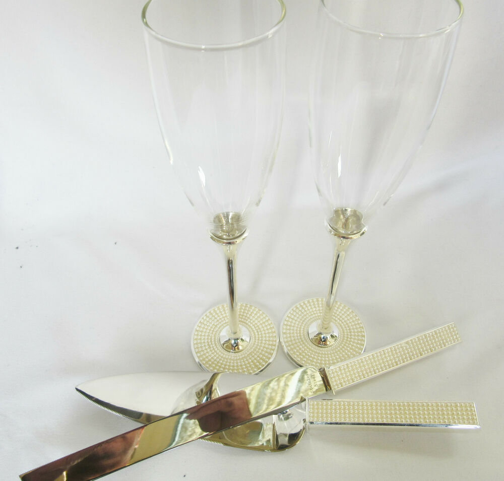 wedding cake cutters and flutes wedding crystaltoasting glasses amp cake knife server 22313