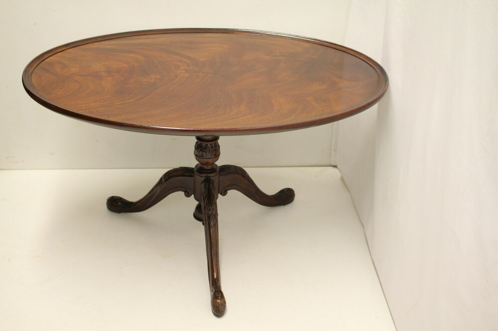 mahogany oval coffee table antique mahogany oval coffee table with tilt top 7324