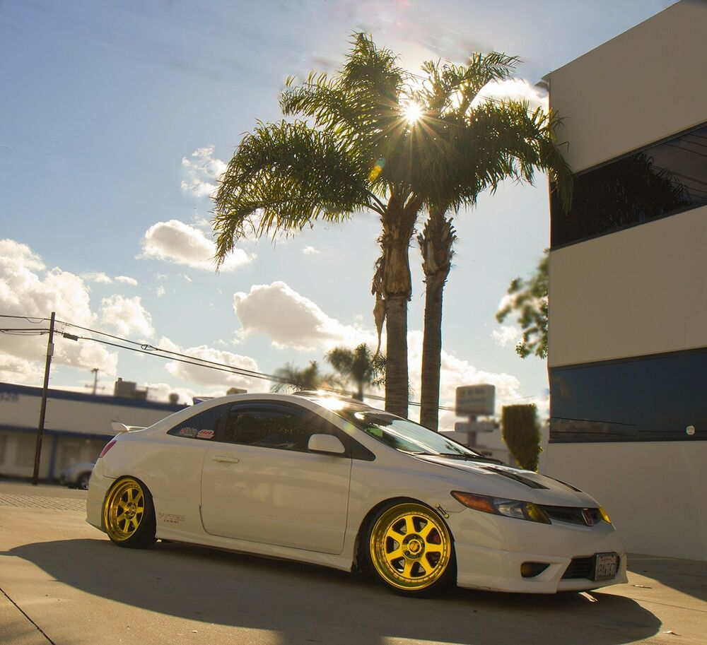 Chikara RS7 18x9.5 5x114.3 Gold Chrome Rims Civic RSX