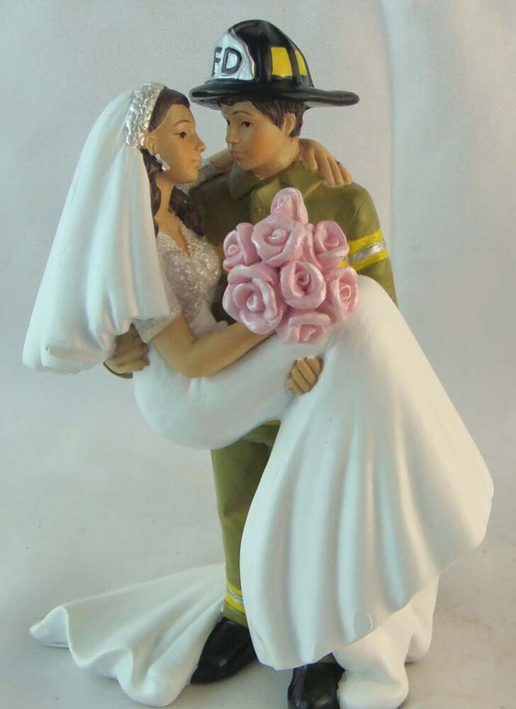 firefighter wedding cake toppers funny firefighter amp his wedding cake topper fighter 14267