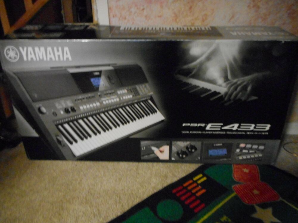 yamaha psr e443 61 key portable keyboard 658700909095 ebay. Black Bedroom Furniture Sets. Home Design Ideas