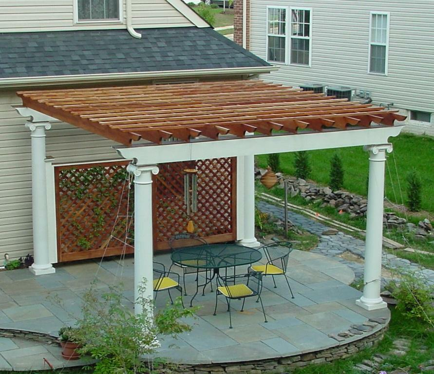 Free Building Plan For A Transitional Backyard Deck: Patio Or Deck Pergola With Tuscan Column Design 20' X 16