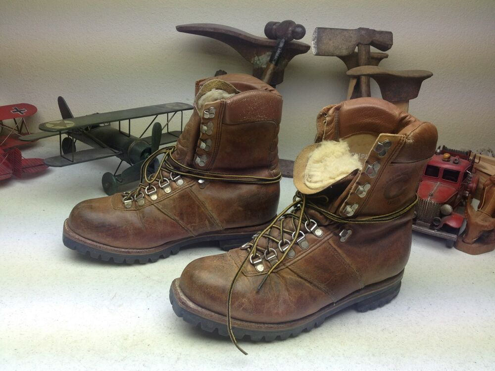 Brown Distressed Chippewa Lace Up Engineer Mountaineer