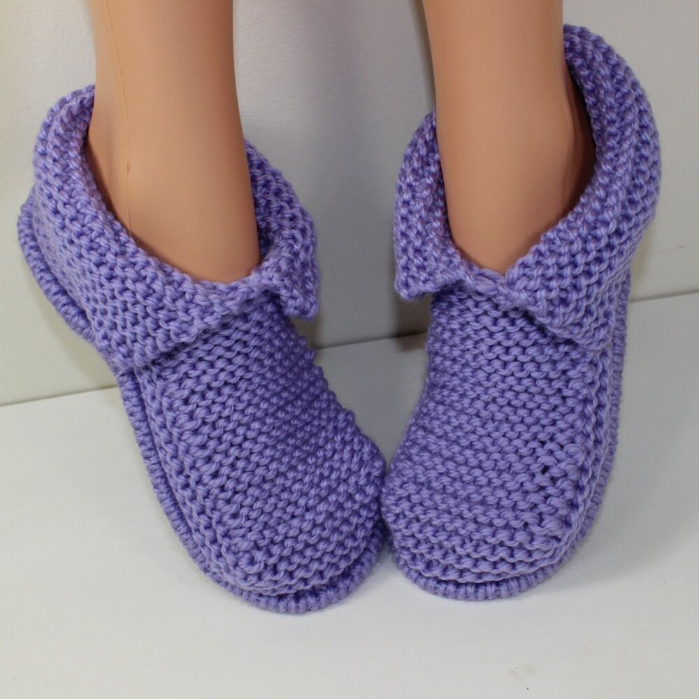 Knitting Pattern For Chunky Slippers : KNITTING KNITTING INSTRUCTIONS- ADULT CHUNKY SLIPPERS KNITTING PATTERN eBay