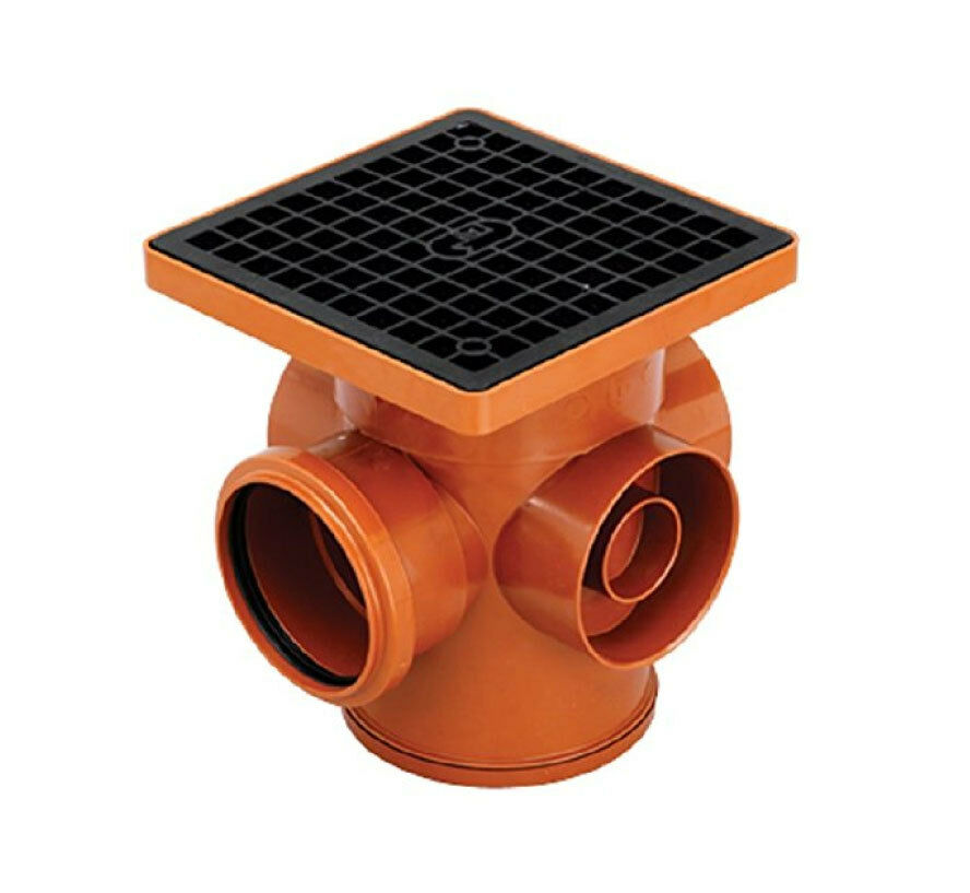 gully trap A gully trap is a basin in the ground that receives piped wastewater from your  house before it enters the underground sewer (wastewater pipe) the basin has  a.