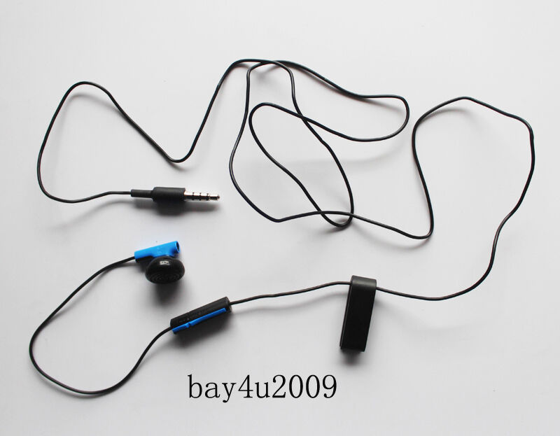 Earbuds holder clip - playstation wired earbuds