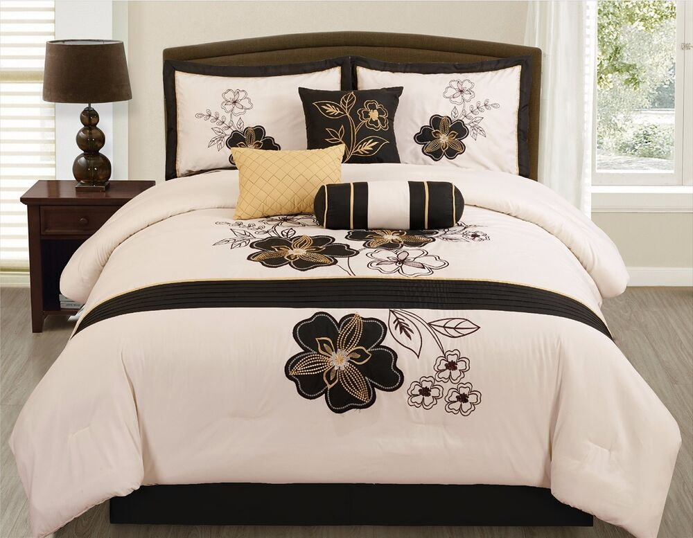 7 pc beige black gold floral vine comforter set queen size bed in a bag bedding ebay. Black Bedroom Furniture Sets. Home Design Ideas