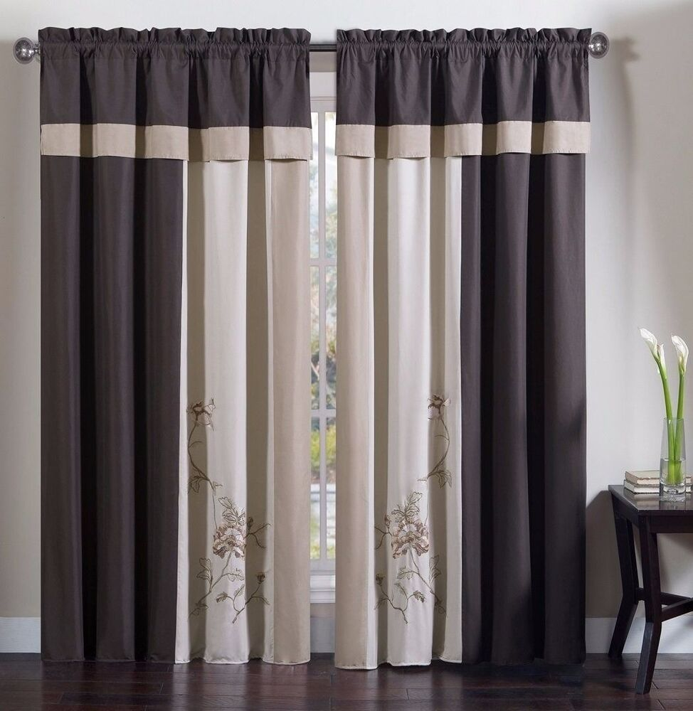 Chezmoi Collection 4 Piece Floral Embroidery Window