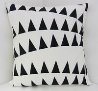 RETRO SCATTER CUSHION COVERS BLACK AND WHITE TRIANGLES