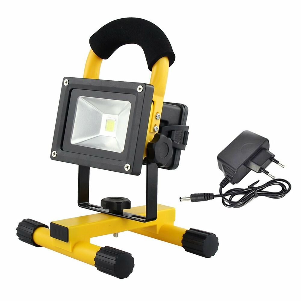 Outdoor Lights Portable: Portable Rechargeable 10W LED Outdoor Camping Flood Light