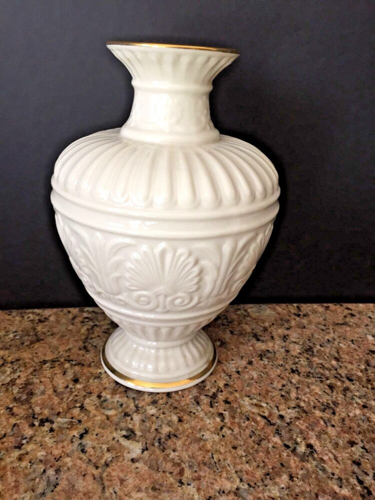 Lenox Athenian Small Cream Color Vase W Gold Trim New W Tags 9