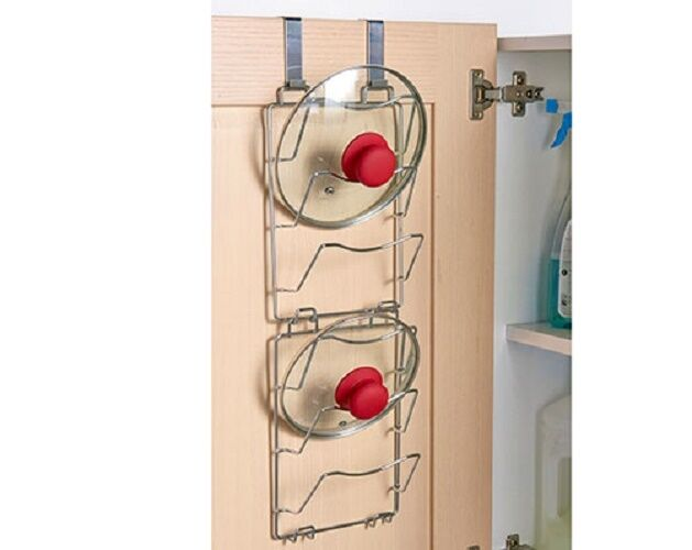 This useful Spa Over-the-Door Rack 5 is super easy to install as all it needs to do is be hung over a door. It includes 10 hooks and is made of durable steel that is still stylish and attractive to the eye.