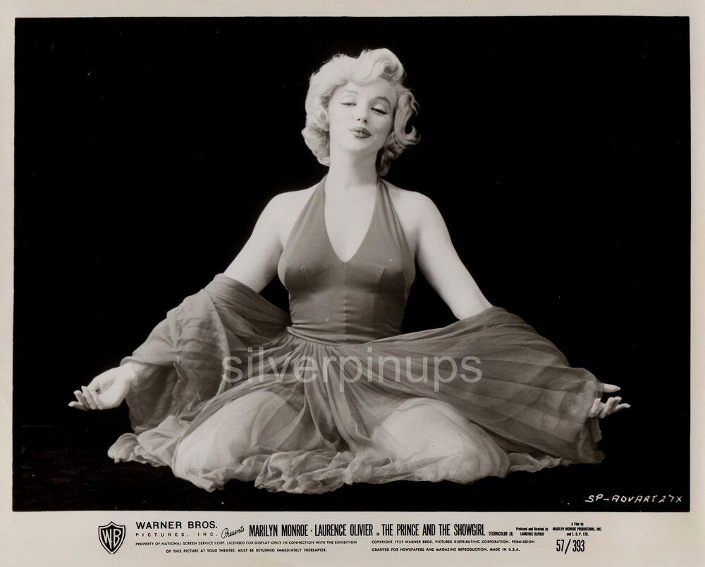 orig 1957 marilyn monroe quotred dress sittingquot glamour by