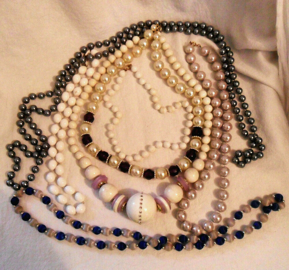 Lot Of 7 Vintage Costume Jewelry NECKLACES Faux Pearls