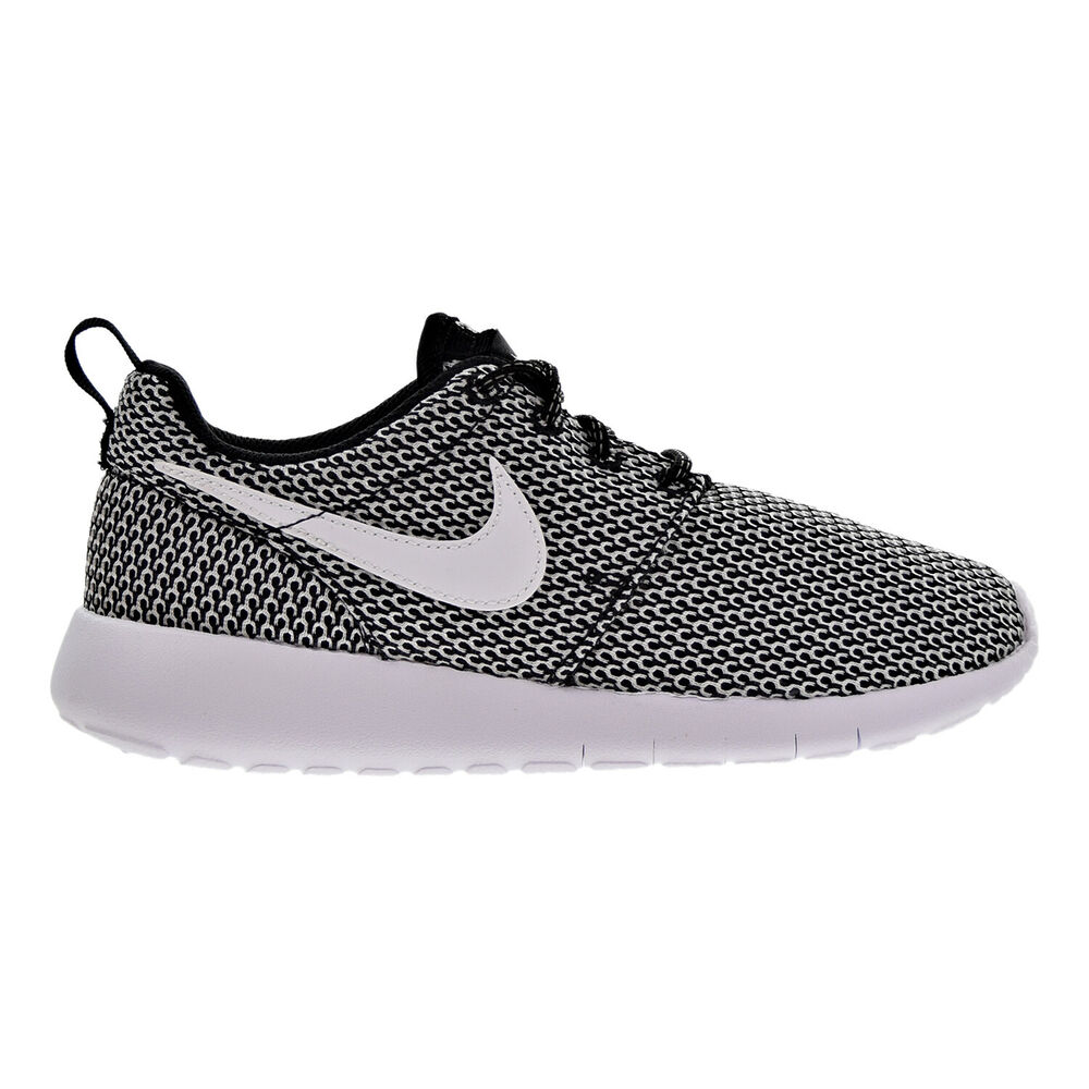 best service 48af3 52600 Details about Nike Roshe One Big Kids (GS) Shoes Black White 599728-040