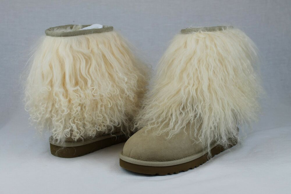 2d4d017c5 Details about UGG CLASSIC SHORT CUFF MONGOLIAN SHEEPSKIN SAND BOOT WITH THE  FUR! SIZE 8 US