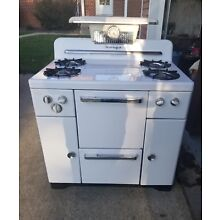 Vintage Mid Century Modern Norge Porcelain Gas Kitchen Stove Oven w/Manual Works