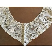 Antique vintage Victorian Edwardian French needle lace collar ivory in color