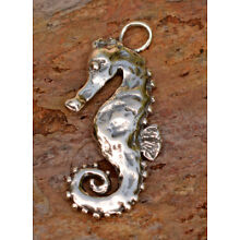 Artisan Seahorse Pendant in Sterling Silver