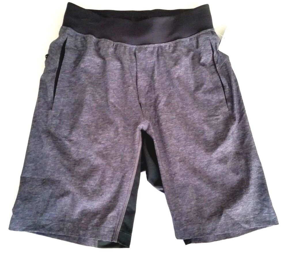 63d4d7b8e Lululemon THE Short Linerless 9  Size Small Trail Train Run Gray Black FRTY  NWT