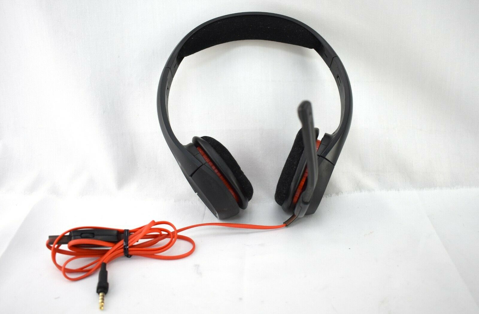 187f82c1d0a ... UPC 017229149724 product image for Plantronics - Gamecom 318 Over-the-ear  Gaming Headset