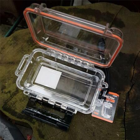 img-WATERPROOF BOX FOR FIRE LIGHTING KIT PAPERS SURVIVAL BUSHCRAFT FISHING HUNTING