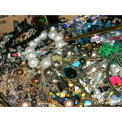 Kyпить HUGE Costume Jewelry Lot Large FRB Sell Wear на еВаy.соm