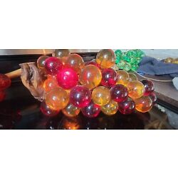 Kyпить Vintage Lucite Grape Cluster  Lighted 15 in reds/yellows на еВаy.соm