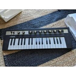 Yamaha reface CP 37 Key Portable Electric Piano Synthesizer